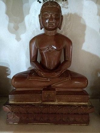 Māllīnātha - Sri Mallinatha statue at Anwa, Rajasthan