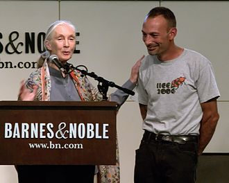 Jane Goodall - Goodall in 2009 with Lou Perrotti, who contributed to her book, Hope for Animals and Their World.