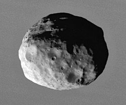 Janus 2006 closeup by Cassini.jpg