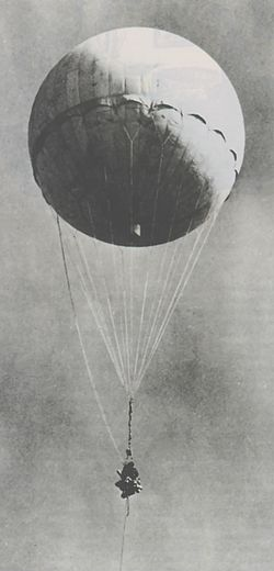 Japanese fire balloon Moffett.jpg