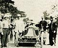 Joe Tracy, deuxième des 100 miles de Cuba 1905, sur Renault 40 hp.jpg