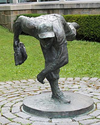 Johnny Podres - Bronze sculpture of Podres at the Baseball Hall of Fame