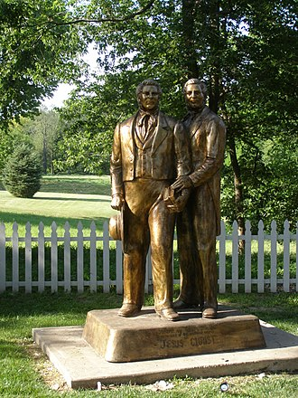 Hyrum Smith - Statue of Joseph and Hyrum Smith in Nauvoo, Illinois