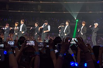 Super Junior - Image: KCON 2015 Super Junior DSC02998 (20357930851)