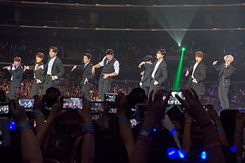 KCON 2015 Super Junior DSC02998 (20357930851).jpg