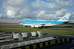 KLM Boeing 747 at Amsterdam airport (25188209997).jpg