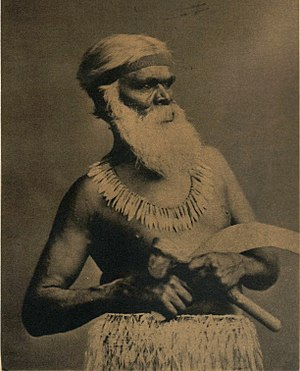Girai wurrung - Kaarwin Kuunawarn (hissing swan) was the clan-head of the Gunaward gundidj clan of the Girai Wurrung of Lake Connewarren, west of Mortlake.