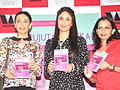 Kareena and Karisma Kapoor at the success party of Rujuta Diwekar's book 01.jpg
