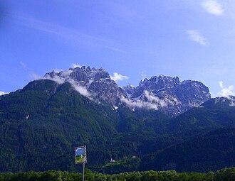 Puster Valley - Image: Keilspitzmassiv & Laserzmassiv from Lienz,
