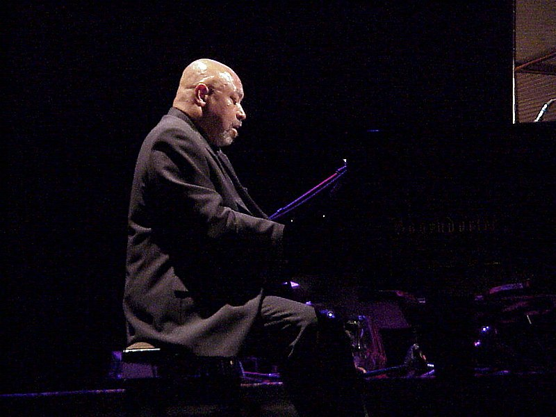 File:Kenny Barron Munich 2001.JPG