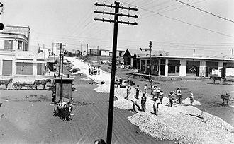 Kfar Saba - Paving a street in Kfar Saba, 1929