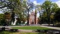 Kościół Garnizonowy pw. NMP Królowej Pokoju, Bernardyńska, Bydgoszcz, Polska. Widok ze skweru od ulicy Bernardyńskiej - panoramio.jpg