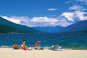 Kootenay Lake - Beach at Kokanee Creek Provincial Park
