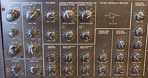 Korg MS-20 - MS-20 knob section