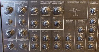 Korg MS-20 - MS-20 knob section