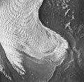 La Perouse Glacier, Dagelet Lobe and banded ogives, September 16, 1966 (GLACIERS 5557).jpg