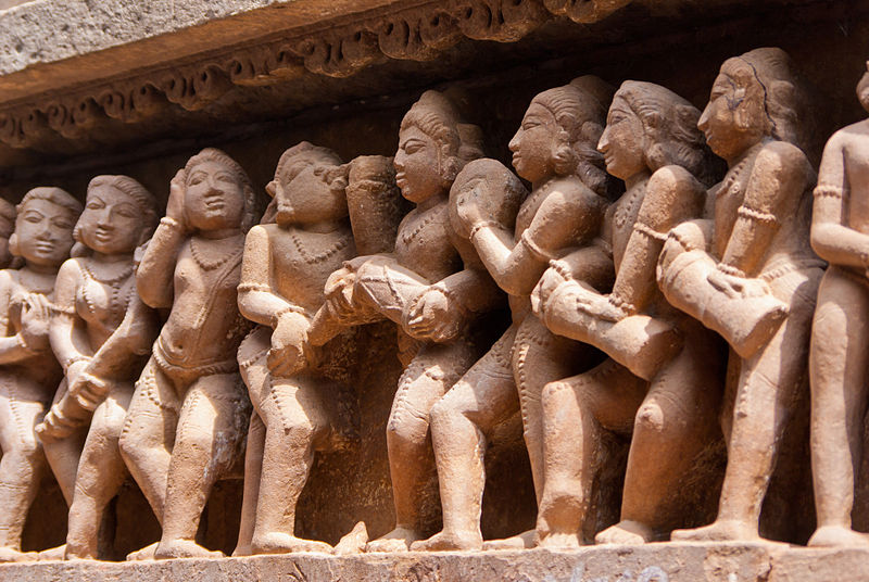 File:Lakshmana Temple 09.jpg