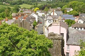 Laugharne from the castle (5842).jpg