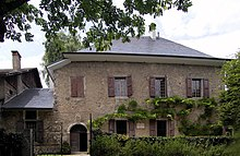 Les Charmettes, where Rousseau lived with Françoise-Louise de Warens from 1735 to 1736, now a museum dedicated to Rousseau (Source: Wikimedia)