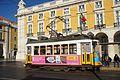 Lisbon street car 12 2016 9646.jpg