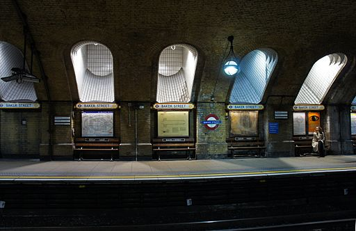 London 01 2013 Baker Street station 5367
