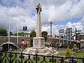 Looe war memorial - panoramio.jpg