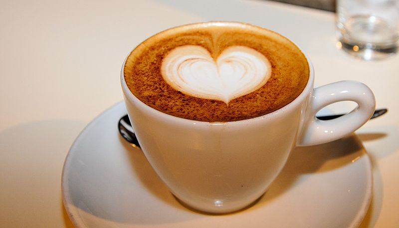 File:Love heart decorated cappuccino (milk coffe cocoa decoration).jpg