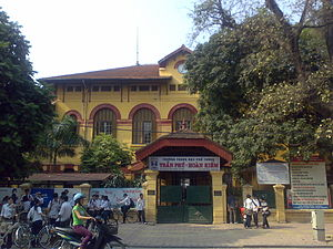 Francization - Lycée Albert Sarraut was a French high school in Hanoi, Vietnam during the French colonial period. The school offered rigorous academic programmes with the explicit purpose of creating foreigners who thought in French and like Frenchmen. Many well-known Vietnamese scholars and leaders graduated from Lycée Albert Sarraut.