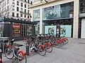 Lyon 2e - Station Vélo'v n°2001 place Le Viste (janv 2019).jpg