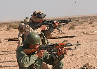 Royal Moroccan Armed Forces - Moroccan soldiers training with United States Marines