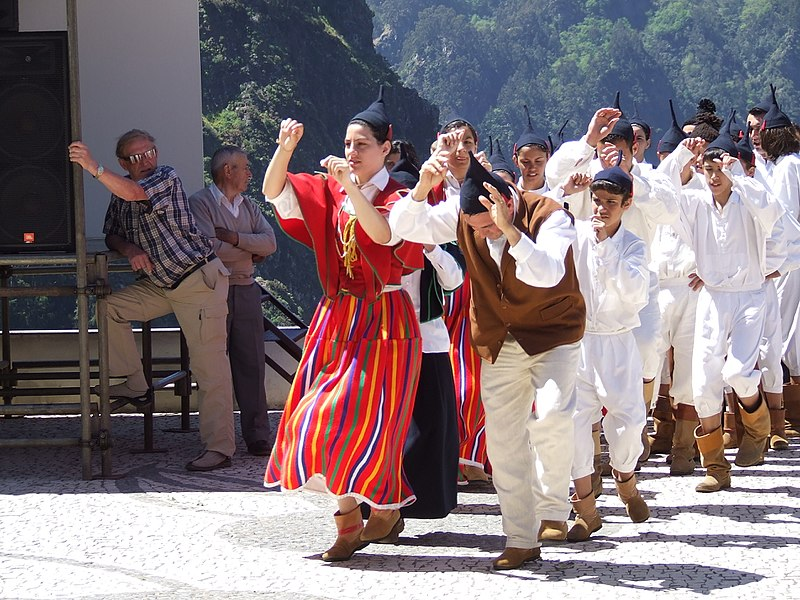 File:Madeira - Curral das Frieras - Folk Dancers (11774254113).jpg