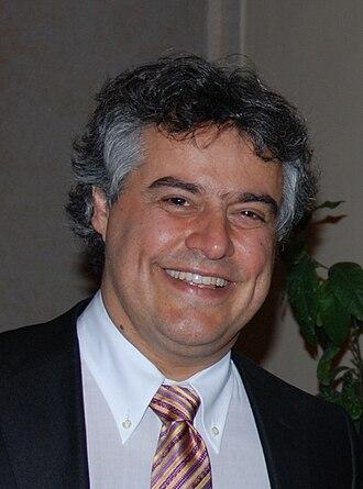 2nd Grande Prêmio Cinema Brasil - Silvio Barbato, composer of Villa-Lobos – Uma Vida de Paixão, Best Score winner