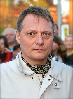 Magnus Carlson in May 2013.jpg