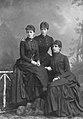 Maria Theresia, Marie José und Adelgunde.jpg