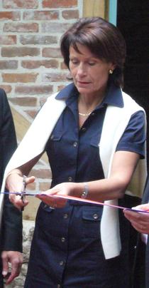 Marie-Françoise Pérol-Dumont.PNG