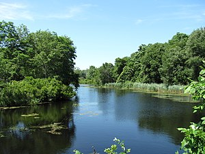 Mattapoisett River - The view of the river at US Route 6 in Mattapoisett.
