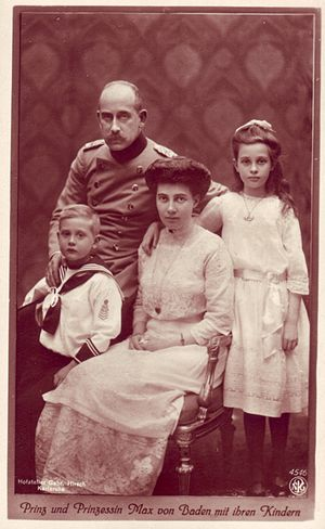 Prince Maximilian of Baden - Maximilian and Marie Louise with their children, 1914