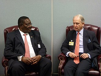 Peter Mutharika - Mutharika meeting Henry Bellingham of the British Foreign Office