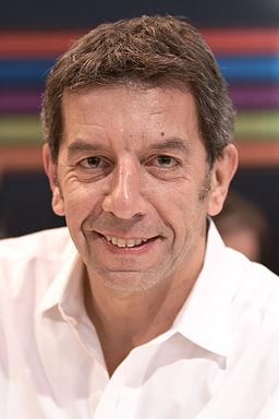 Michel Cymes 20100330 Salon du livre de Paris 1