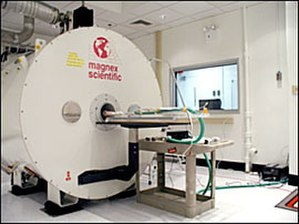 Preclinical imaging - Micro-MRI system from Magnex Scientific