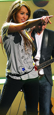 Miley Cyrus at Kids' Inaugural 2 cropped.jpg