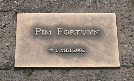 Plaque at the location of his murder Monument Pim Fortuyn.jpg