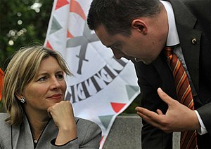 Gábor Vona - Krisztina Morvai and Vona on the campaign trail in May 2009