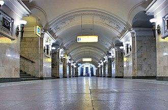 Oktyabrskaya (Koltsevaya line) - Image: Moscow Metro Oktyabrskaya Koltsevaya HF5