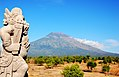 Mount Agung 2009-07-15 (4216441181).jpg