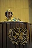Gheddafi parla in qualità di Presidente dell'Unione Africana nel palazzo ONU di Addis Abeba alla sua elezione nel febbraio 2009.