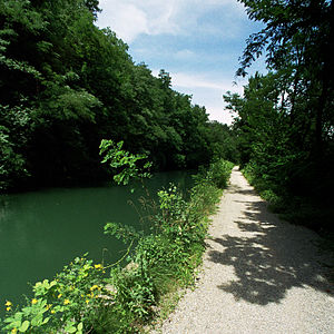 Naviglio Martesana - The canal between Vaprio d'Adda and Trezzo sull'Adda. Today the towpath is popular among cyclists.