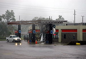 Hurricane Katrina effects by region - Damage to an Exxon gas station in Pensacola, Florida during Hurricane Katrina.