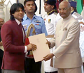 Neeraj Chopra at Arjuna Award 2018-2.png
