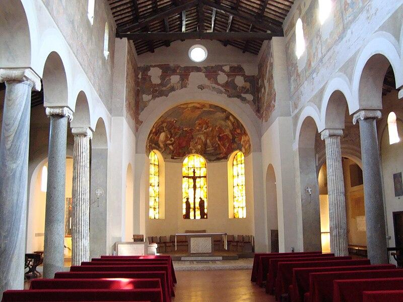File:Nef de l'église San Giovanni a Porta Latina.JPG